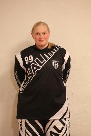 # 99 Petra Holm