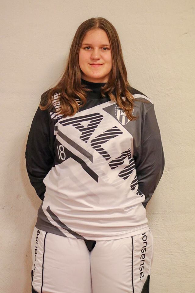 # 18 Josefine Modig