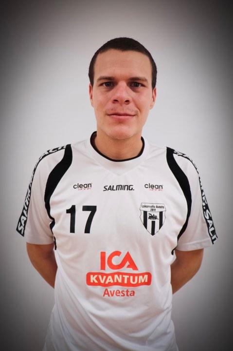 # 17 Dennis Karlsson